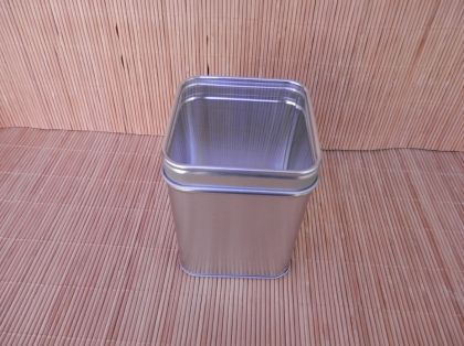 "Tin ""Silver Star"" 100g, transparent lid"
