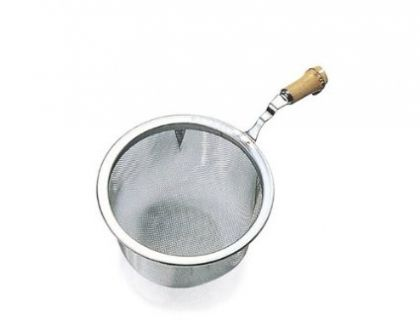 Tea strainer w. bamboo handle 6,4 cm